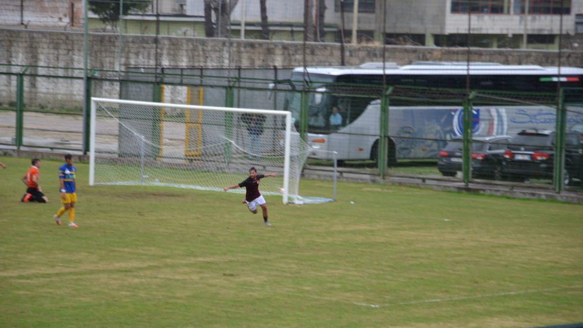 Chianese gol in Aversa - Gravina